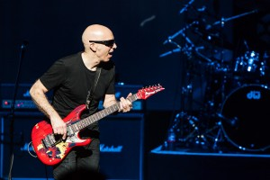 An evening with Joe Satriani at The Kajestic Theatre - Dallas, TX | Copyright 2016 - North Texas Live!